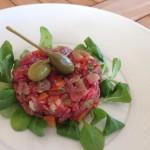 Piatti+Lusernarhof+tartare+carne+salada